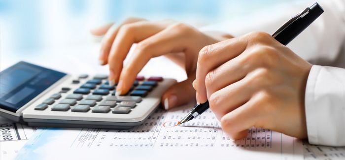 Calculando-con-una-calculadora