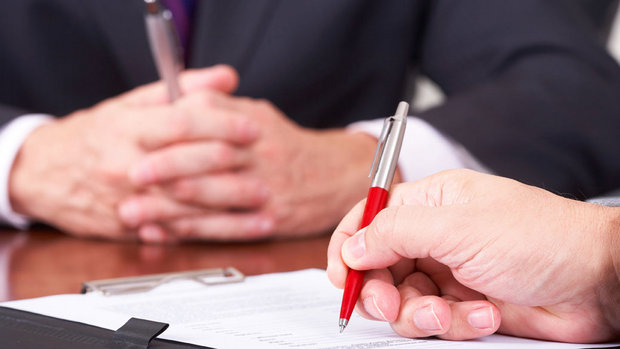 assinatura-de-contrato-20120710-01-size-620